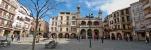 Plaza de Plasencia y su ambiente a diario